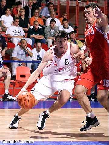 Jiri Welsch (Czech Republic) at Eurobasket 1999