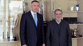 FIBA Europe Secretary General Kamil Novak with the FIBA Asia Secretary General Hagop Khajirian