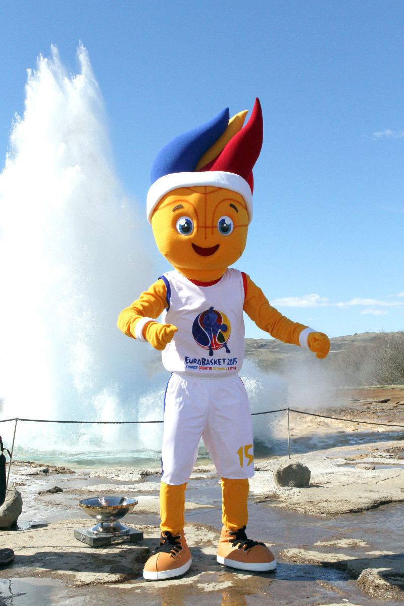EuroBasket 2015 mascot Frenkie visits Geysir during the Trophy Tour stop in Iceland