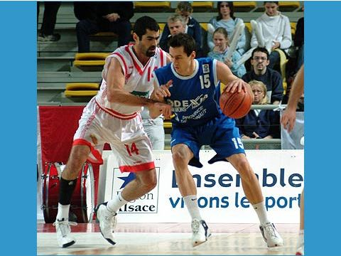 Bernd Volcic (right - DEXIA MONS-HAINAUT) and Henry Crawford Palmer (STRASBOURG IG)
