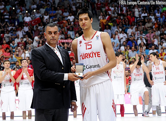 Egemen Güven was named MVP of the U18 European Championship