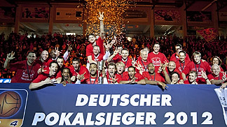 Brose Baskets Bamberg win German Cup title in 2012