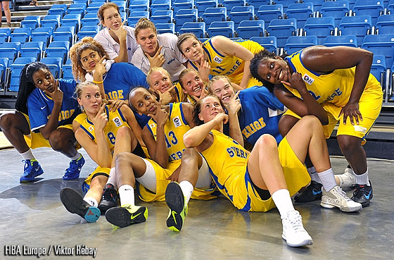 Sweden celebrate their victory over Lithuania