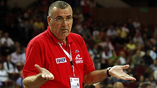 Croatia head coach Jasmin Repesa (EuroBasket 2009)
