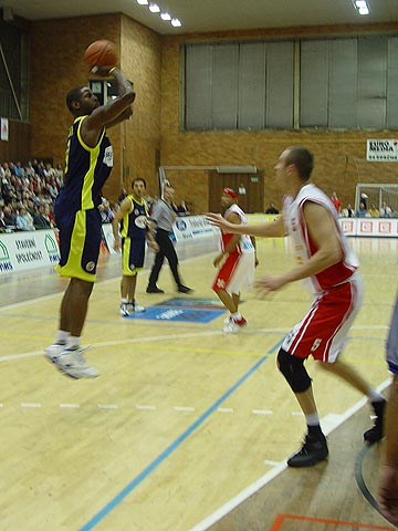 Christopher Booker (Fenerbahce)