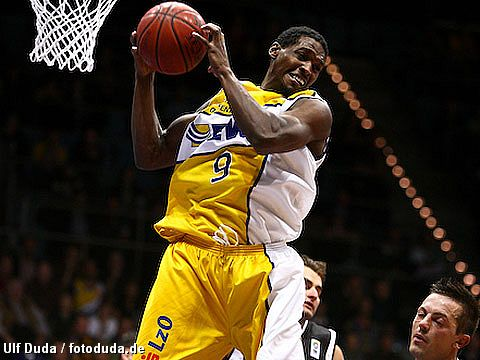 Rickey Paulding Jr. (EWE Baskets )