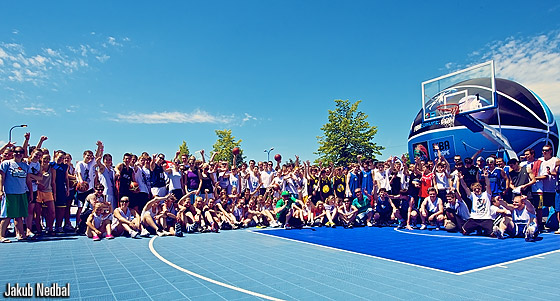 Participants at the FIBA Europe 3on3 Tour event in Prague, 16 and 17 June 2012