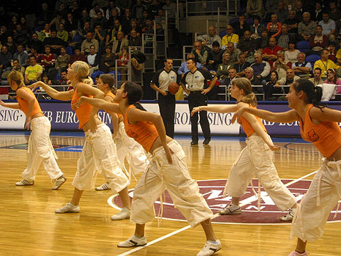 Cheerleaders of MKB Euroleasing Sopron