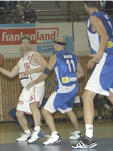 Würzburg's point guard Igor Perovic is facing huge opponents