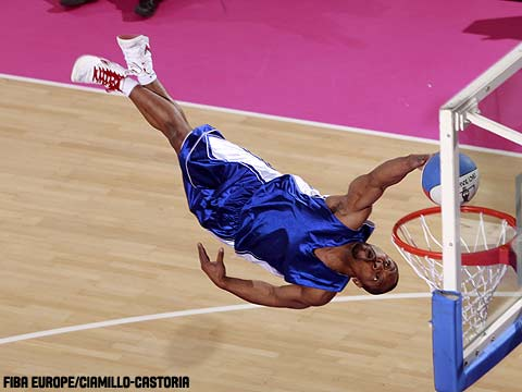 A Crazy Dunker at the 2009 EuroLeague Women All Star Game
