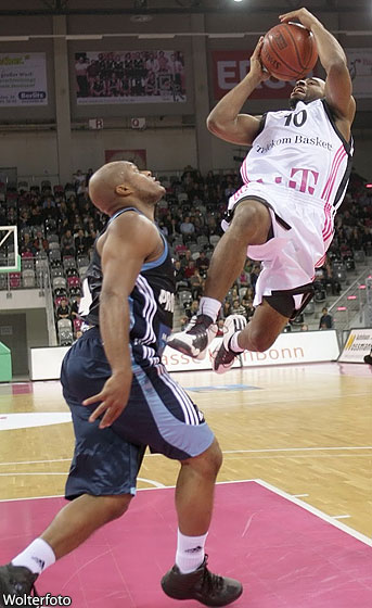 Dominique Wise (Telekom Baskets)