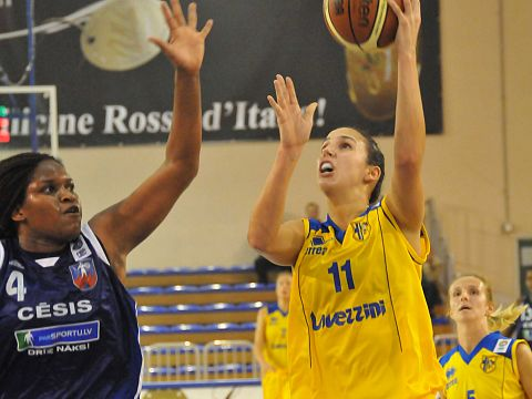 Laura Summerton (Lavezzini Basket), Willnett Crockett (SK Cesis)