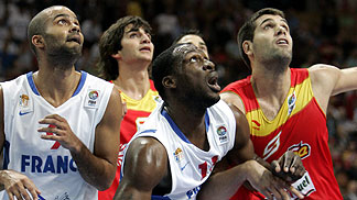 Tony Parker (France), Florent Pietrus (France), Felipe Reyes (Spain)