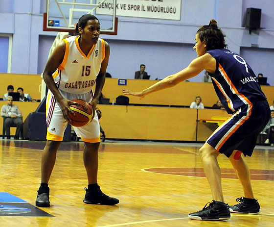 15. Jia Perkins (Galatasaray)
