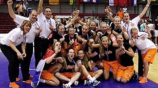 Bronze medallists Netherlands