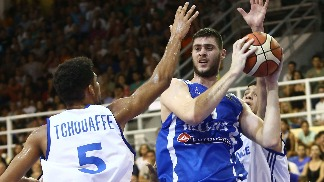 Tough As Nails Greece See Off France, Reach Semis
