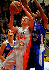 12. Courtney Vandersloot (Beretta Famila)