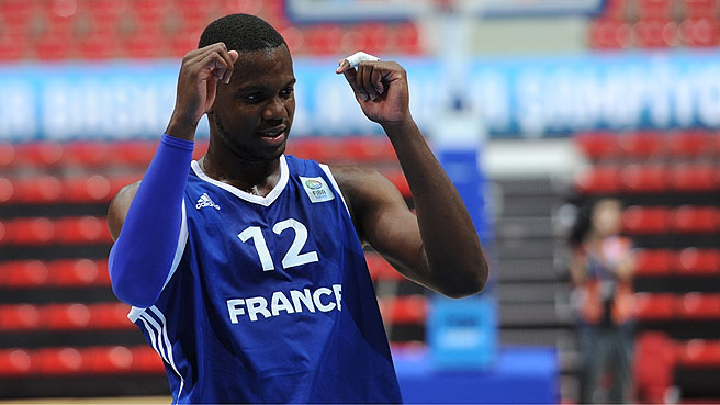 France Beat Russia For Ninth Place