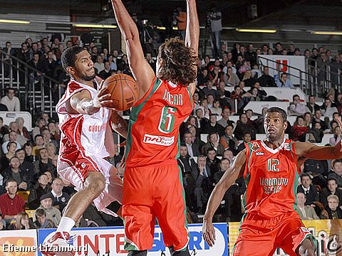 Edward Richard Basden (Cholet Basket)