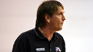 GB Head Coach Chris Finch
