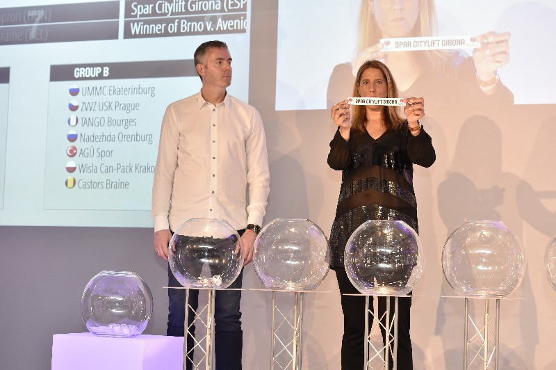 Serbian Basketball Federation vice President Dejan Tomasevic and FIBA Special Porjects Manager Betty Cebrian at the 2016 EuroLeague Women Draw