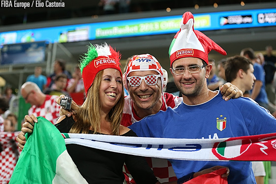 Italy and Croatia fans before their teams' meeting in the Second Round