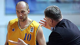 Khimkis Vasily Karasev with coach Serguei Elevich