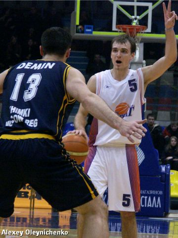 Is Demin (Khimki) able to stop Buskevics (Ural Great)?