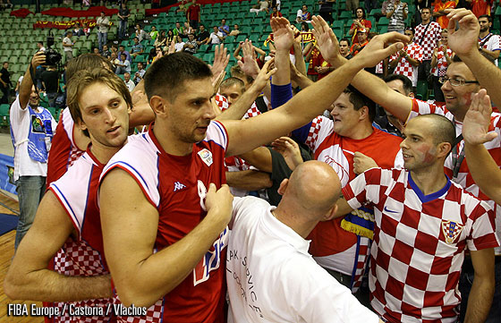 Croatia celebrating
