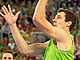 Dragic Turns On Style, Slovenia Advance