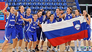 The Slovenia team celebrate their Quarter-Final victory over Lithuania