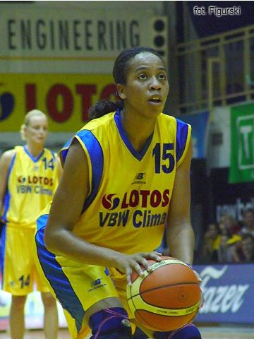 Chasity Melvin (Lotos VBW Clima) during one of her 10 free-throw attempts against Lietuvos Telekomas