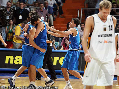 Italian Team Celebration - Downhearted Nowitzki