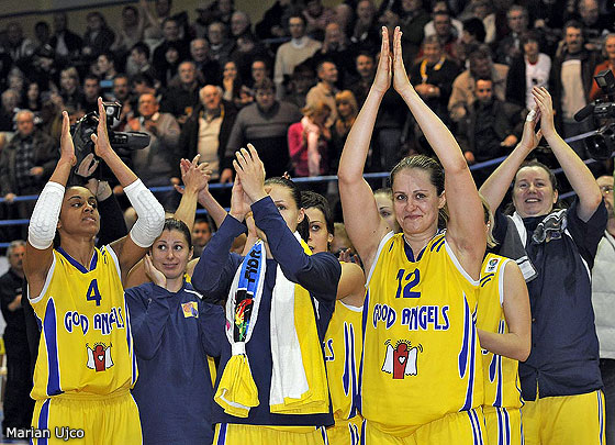 4. Candice Dupree (Good Angels Kosice), 12. Linda Fröhlich (Good Angels Kosice)