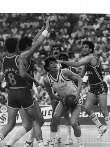 Soviet Union center Alexander Volkov at the 1987 European Championship in Greece