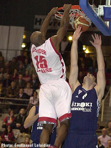 Gary Alexander (STB Le Havre) scored 12 points against CBC Siroki