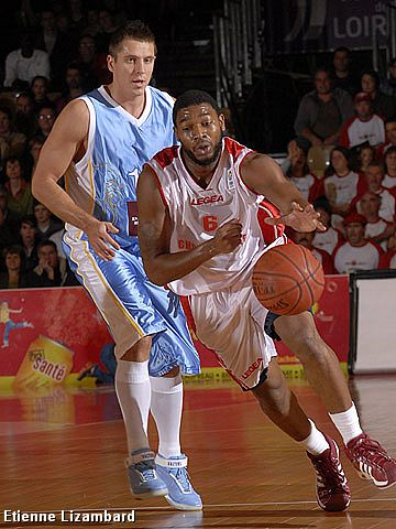 Thomas Larrouquis (Cholet Basket)