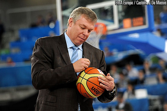 Ukrainian Basketball Federation President Oleksandr Volkov putting his signature on the ball that was transferred from the EuroBasket 2013 LOC to the EuroBasket 2015 LOC