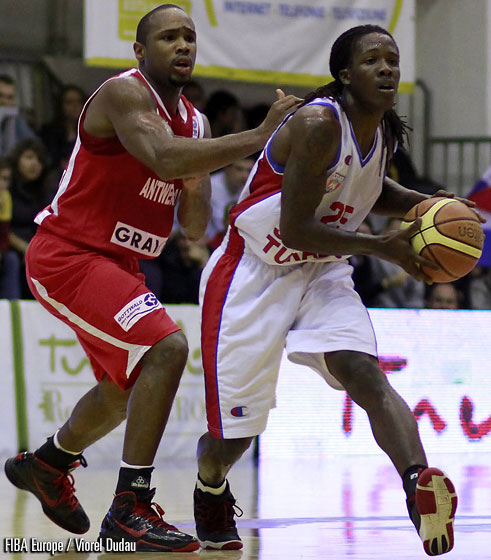 25. Courtney Fortson (Steaua-Turabo)