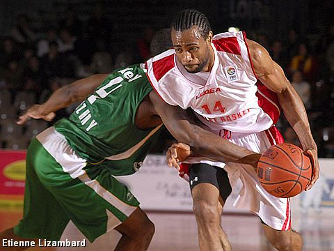 Anthony Dobbins (Cholet Basket)