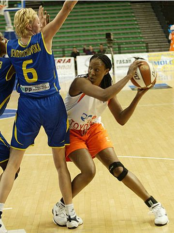 Chamique Holdsclaw (Ros Casares Valencia)
