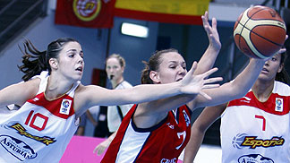 10. Yurena Diaz (Spain), 7. Michaela Vojtková (Czech Republic)