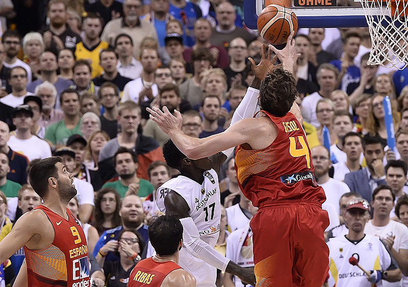 17. Dennis Schröder (Germany), 4. Pau Gasol (Spain)
