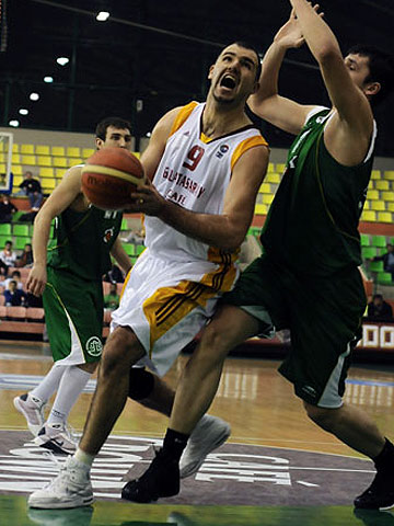 9. Polat Kocaoglu (Galatasaray Café Crown)