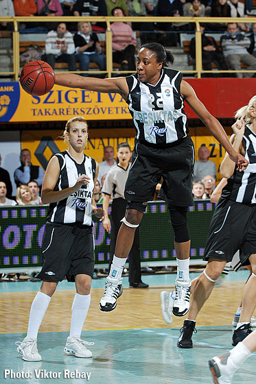 Alexis Kayree Hornbuckle (Besiktas Cola Turka)