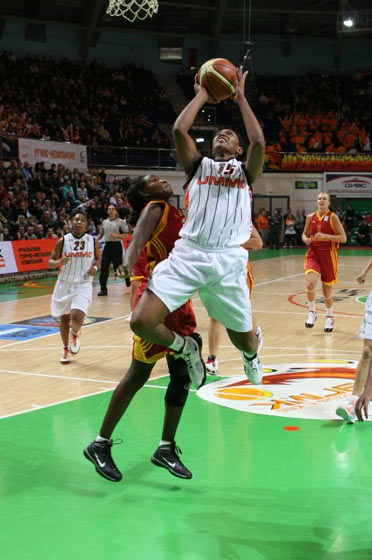 15. Asjha Jones (UMMC Ekaterinburg)