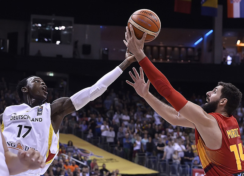 17. Dennis Schröder (Germany), 14. Nikola Mirotic (Spain)