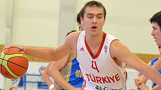 4. Deniz Kruszynski (Turkey)