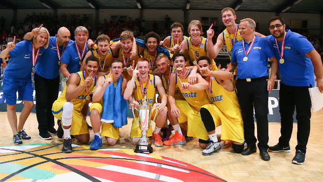Sweden Snatch Gold, Slovenia Promoted