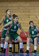 Bulgaria's bench players suffer with their teammates on the court